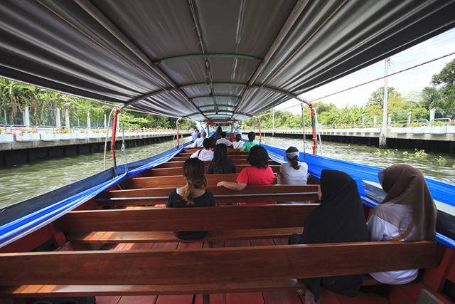 Boat Tour Down the Klong